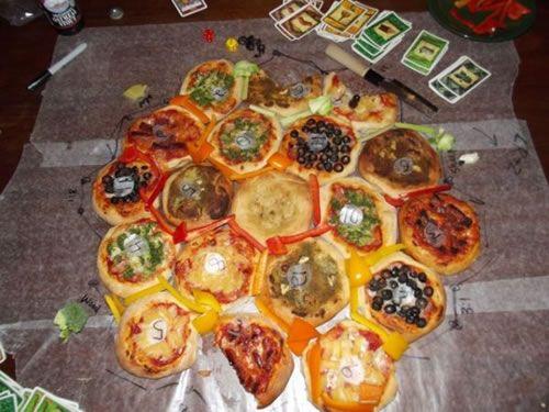 Pizza de Catán, para los colonos hambrientos