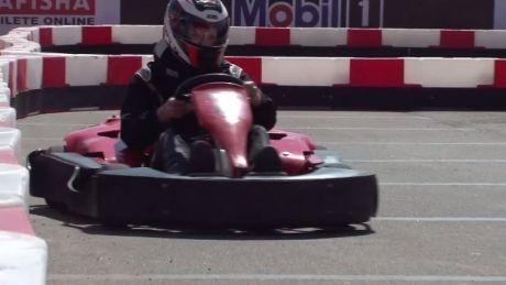 Viteză, adrenalină şi zgomot de motoare! La Chişinău s-a deschis Academia de Karting