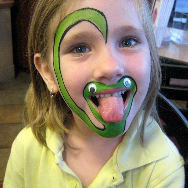 Snake. Cool Face Painting Ideas For Kids, which transform the faces of little ones without requiring professional quality painting skills. http://hative.com/cool-face-painting-ideas-for-kids/