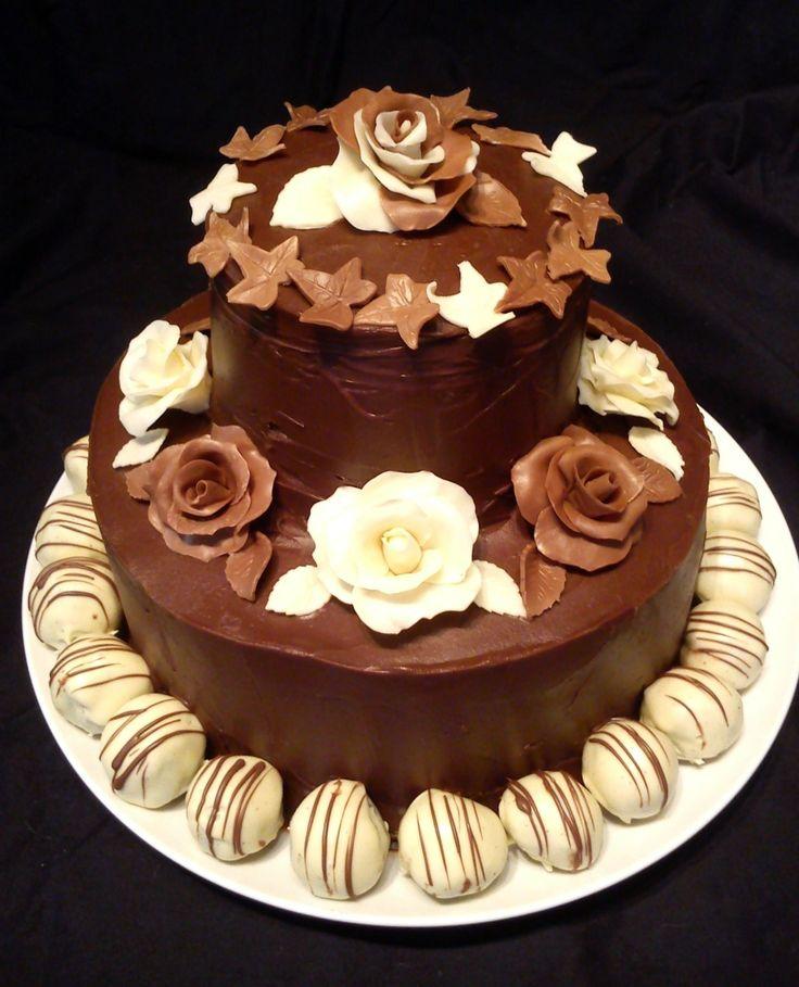 Chocolate Roses & Oreo Truffles cake