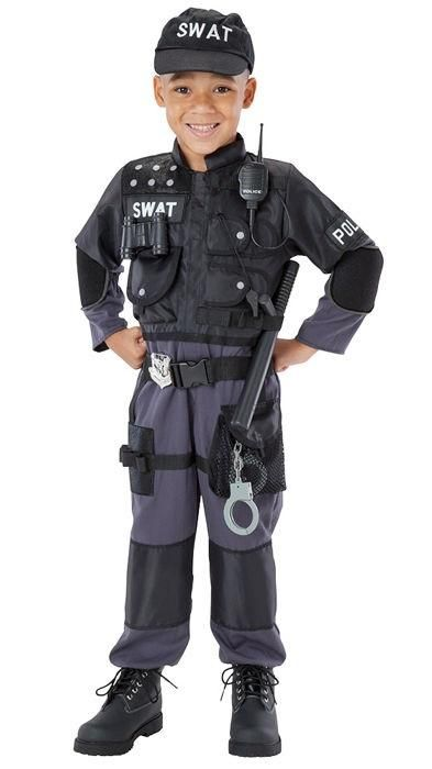 Every child can join an elite team of first responders in this authentic-looking SWAT Team costume. Complete with useful features – pockets, loops, protective pads and light-reflective lettering, and more – SWAT Team costume encourages positive aspirations and creativity.
