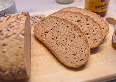 Madgudinden: Groft, glutenfrit brød