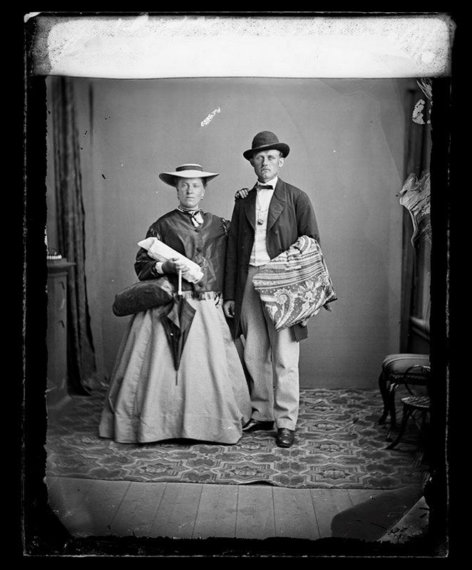 Stockholms digitala stadsmuseum — Porträtt av baron Cederström och förmodligen hans hustru