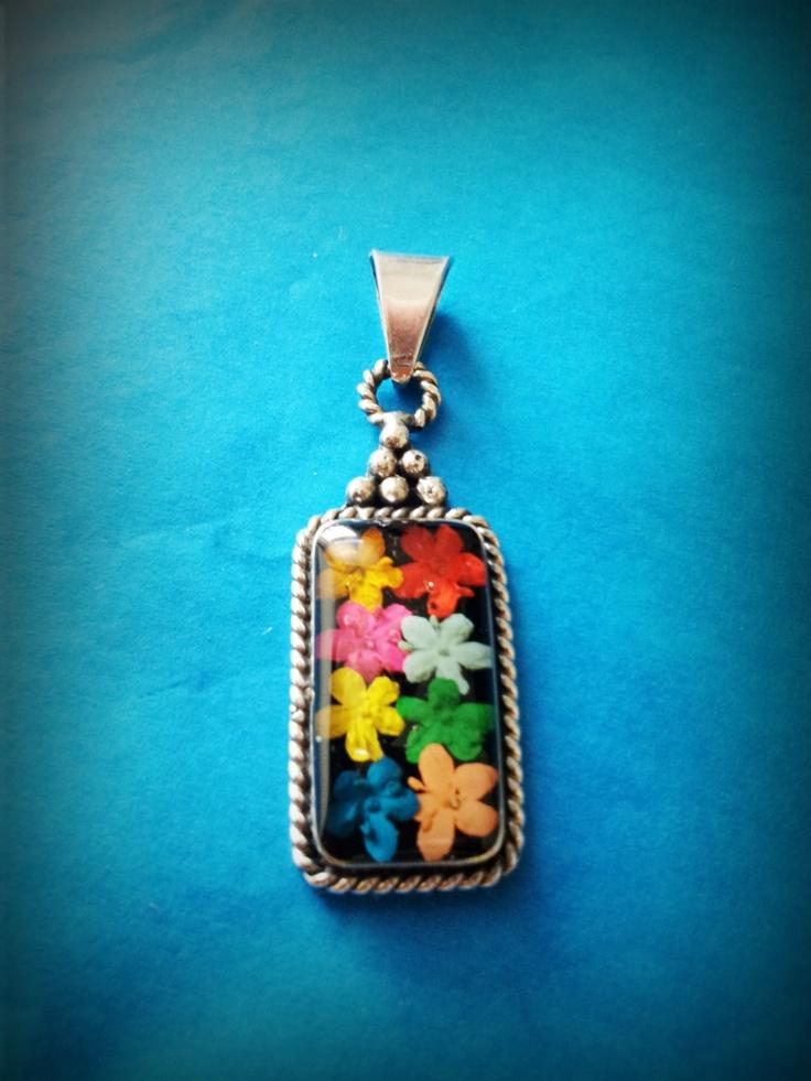 Multicolour flowers, locket, sterling silver , jewellery, jewelry, flowers, mexican