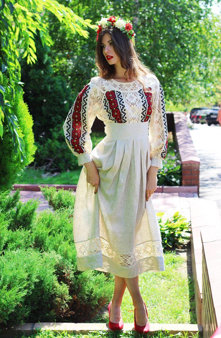 Сукня сіра 'борщівська вишивка' від бренду 'Синій Льон'
