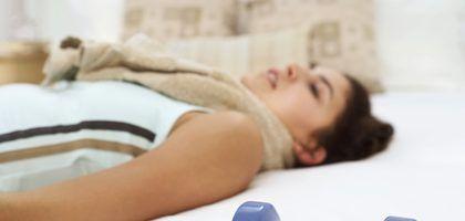 Ejercicios mientras se está en la cama por un tobillo roto | LIVESTRONG.COM en Español