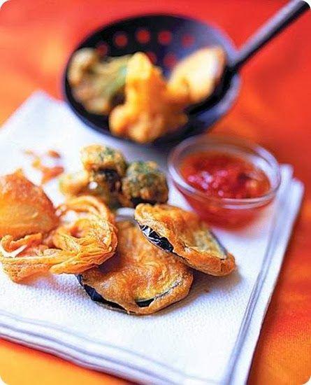 Pakoris antipasto tipico delle isole di Trinidad e Tobago.  La cucina di Trinidad e Tobago è un mix di quella indigena, africana, ispanica ed inglese, ed è costituta da numerosi piatti a base di pesce,