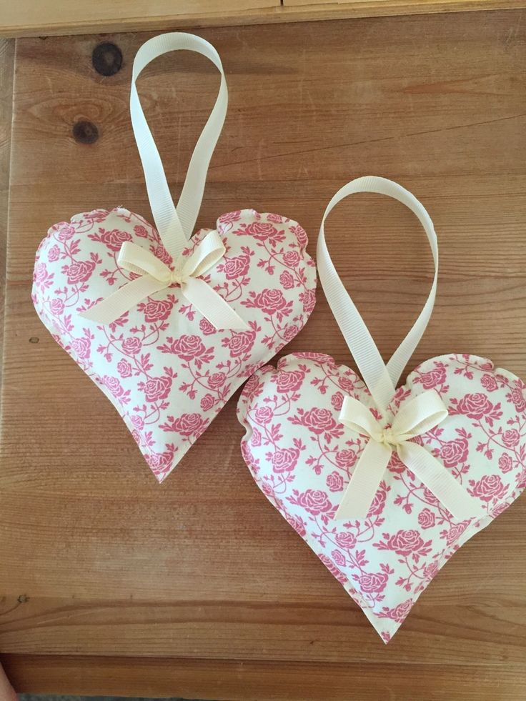 1 of 3: HANDMADE FABRIC HANGING HEARTS - SET OF TWO - FLORAL PINK -SHABBY CHIC - VINTAGE