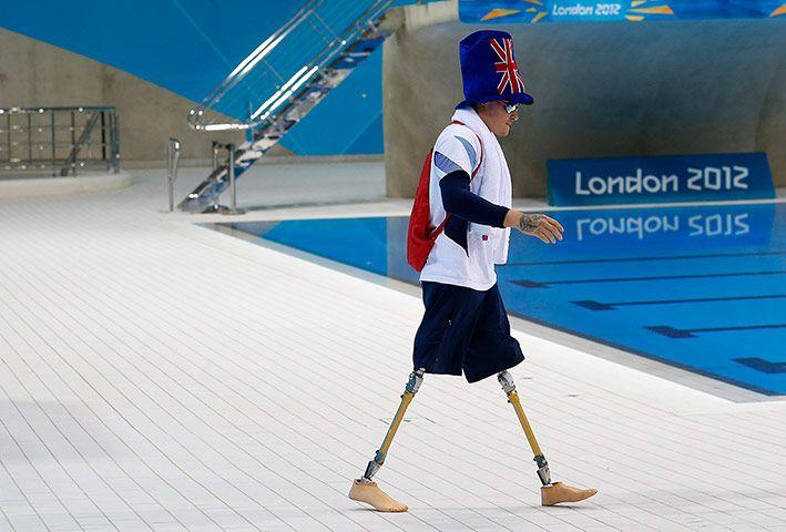 Weirdsport: Britain's Anthony Stephens
