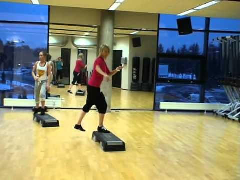 Step Aerobics with Alexandre and a ton of chugs and switches!!!