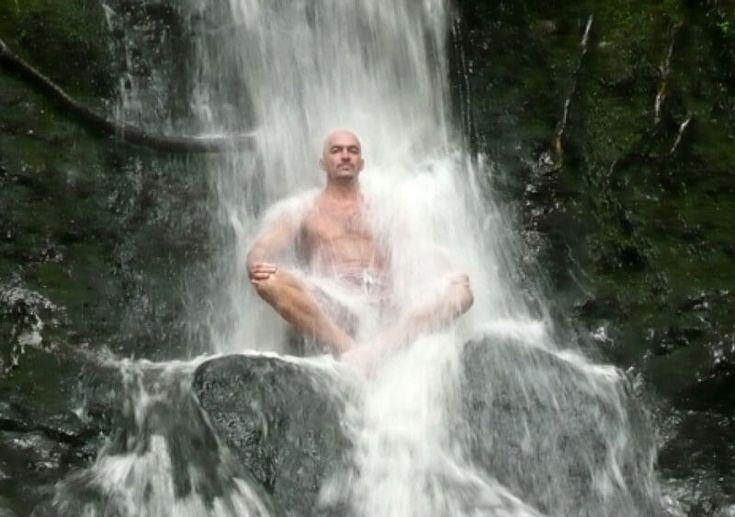 Что происходит в теле, когда его обливают холодной водой