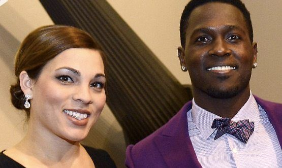 Chelsie Kyriss is the current girlfriend of NFL player Antonio Brown who is currently the star player, punter and wide receiver for the Pittsburgh Steelers.