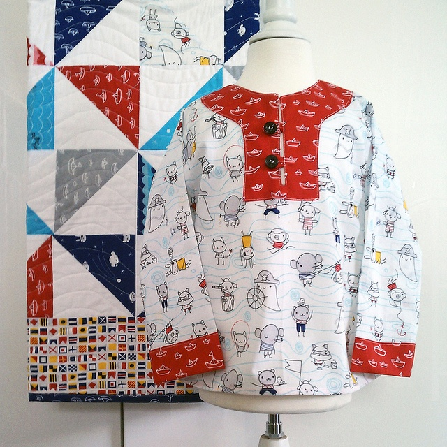 Charlie Tunic in Seven Seas, via FlickrCharlie Tunics, Composé Charlie, Accesorios Personales, Quilts Sewing, Pattern Style, Quilts Quilt, Michelle Engel, Cloud9 Fabrics, Engel Bencsko