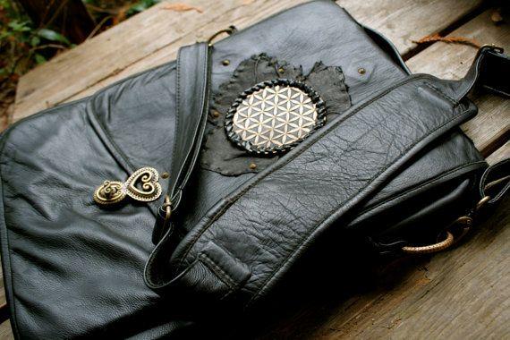 Flower of Life leather laptop bag. Handmade. Azrael's Circus designs. https://www.facebook.com/azraelscircus