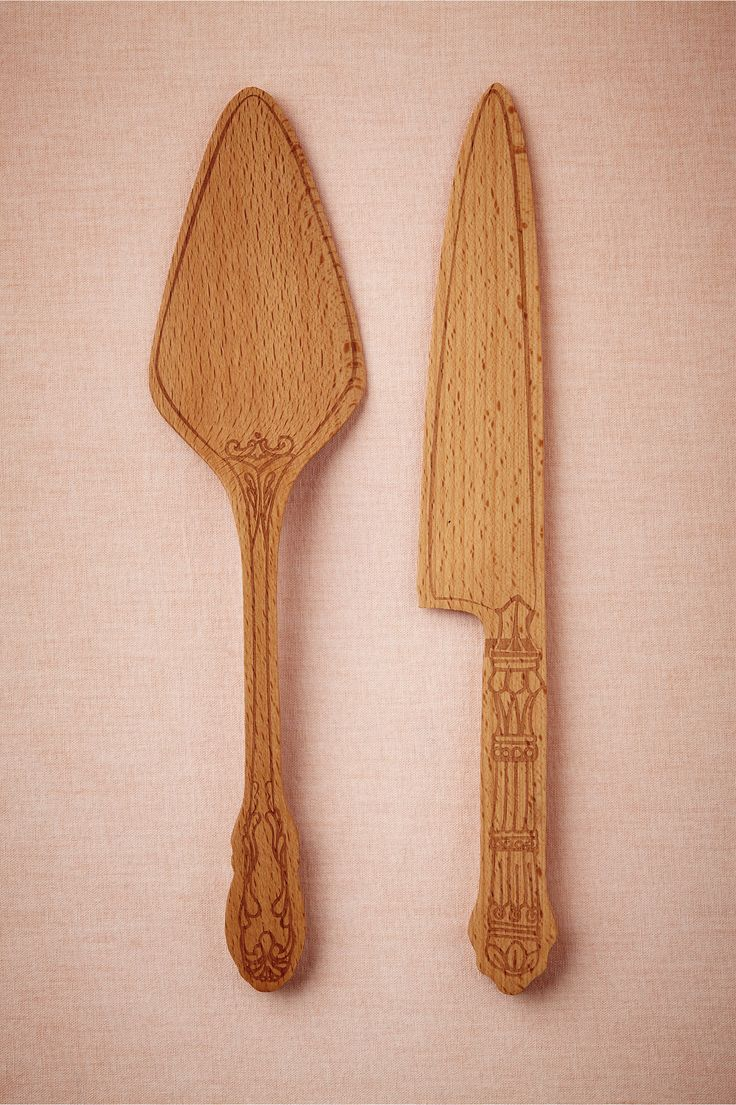 product | Beech Wood Cake Serving Set from BHLDN