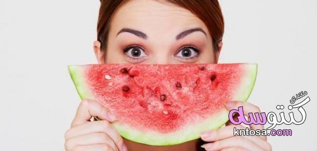هل البطيخ يزيد الوزن ام ينقصه هل البطيخ يزيد الوزن البطيخ يسمن ام ينحف اكل البطيخ قبل النوم Kntosa Com 05 19 154 Watermelon Fruit Melon