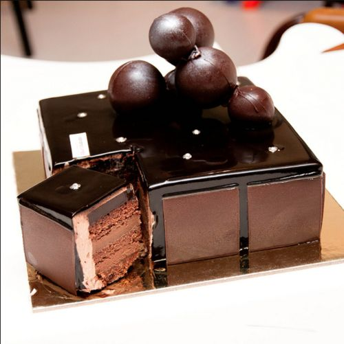 The Dark Chocolate version of Adriano Zumbo's, 'V8 cake'. This is the V8 Diesel cake.  Wish I could find the recipe for it; it's nowhere to be seen!!