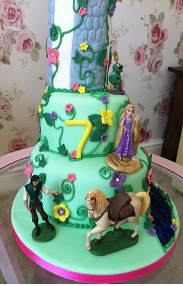 ... on Pinterest  Birthday cakes, Bee cakes and Disney frozen birthday