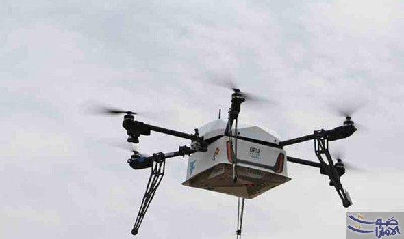 تعر ف إلى أول مطعم في العالم لتوصيل نفذ مطعم دومينوز بيتزا الأربعاء أول عملية توصيل على مستوى العالم لوجبة بيتزا من Delivering Pizza Pizza Delivery Drone