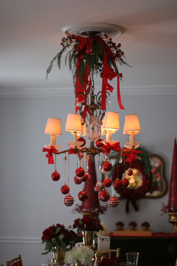 12 best gemmy peanuts christmas images on pinterest peanuts chandelier christmas decor thespecialeventflorist arubaitofo Gallery
