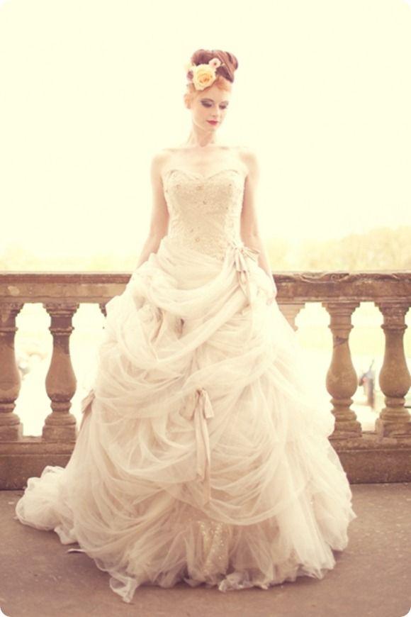 Antoniette by Ian Stuart ~ My dream wedding dress <3