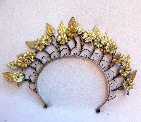 Vintage tiara Sumatra Indonesia wedding headdress crown headpiece (AAZ)