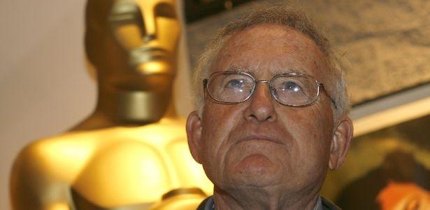 """Produtor de """"Rocky"""" e """"Touro Indomável"""", Robert Chartoff morre aos 81 anos #Ator, #CNN, #Filha, #Filme, #Globo, #Morre, #Morreu, #Nome, #Oscar, #Sucesso http://popzone.tv/produtor-de-rocky-e-touro-indomavel-robert-chartoff-morre-aos-81-anos/"""