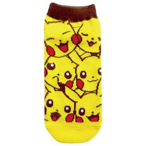 This socks are sooo cute !😍Find the on https://www.myjapanbox.com ! . . . . #Pokemon #pokemongo #pokemoncenter #ditto #pokemonlife #myjapanbox #mypokemonbox #monthlybox #premiumbox #japan #japon #japones #onlyinjapan#pikachu#cute#yellow#socks #ピカチュウ#可愛い#黄色#pikapika#anime #manga #japan #japon