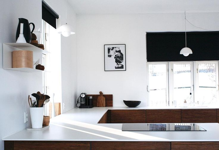 """Finally some sunbeams through the window. We live on the """"wrong"""" side of the valley, and therefore have no sun between December and February, but now finally it is here! We should do a sundance! 