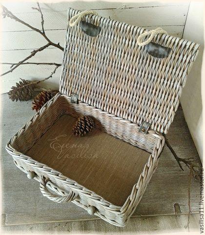 Корзины, коробы ручной работы. Ярмарка Мастеров - ручная работа Cтарый сундучок (плетеный чемоданчик). Handmade.