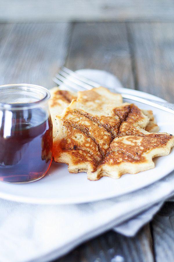 fun fall breakfast idea | cinnamon roll maple leaf pancakes #pancakeparty heathersfrenchpress.com