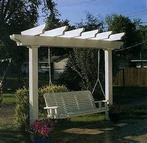 I wonder if a big swing would make me sick like little swings do? I used to love our porch swing!