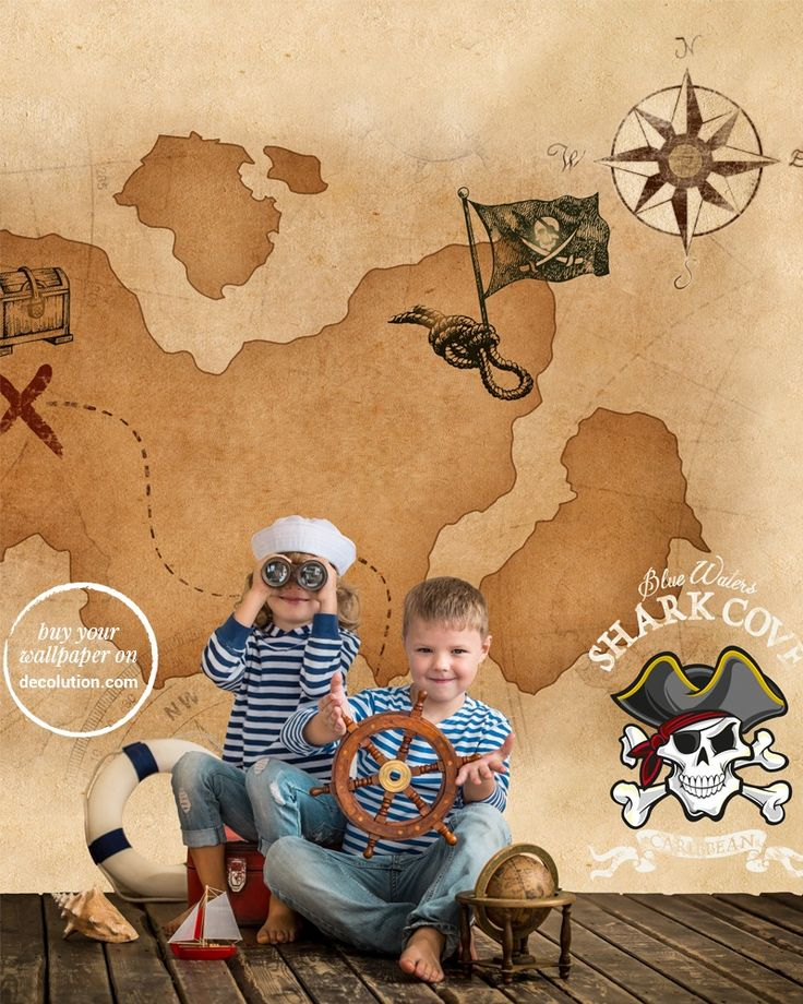 Barbanera - Treasure maps, skulls, weather vanes: wallpaper reminiscent of images of pirate books and their high-seas adventures. Ideal for bedrooms of young adventurers. www.decolution.com #wallpaper #cartadaparati #cartedaparati #papelpintado #papierpeint #tapete #wallcovering #designityourself #DIY #wallpapershop #wallpaperonline #wallcovering #interiordesign #homedecoration #home