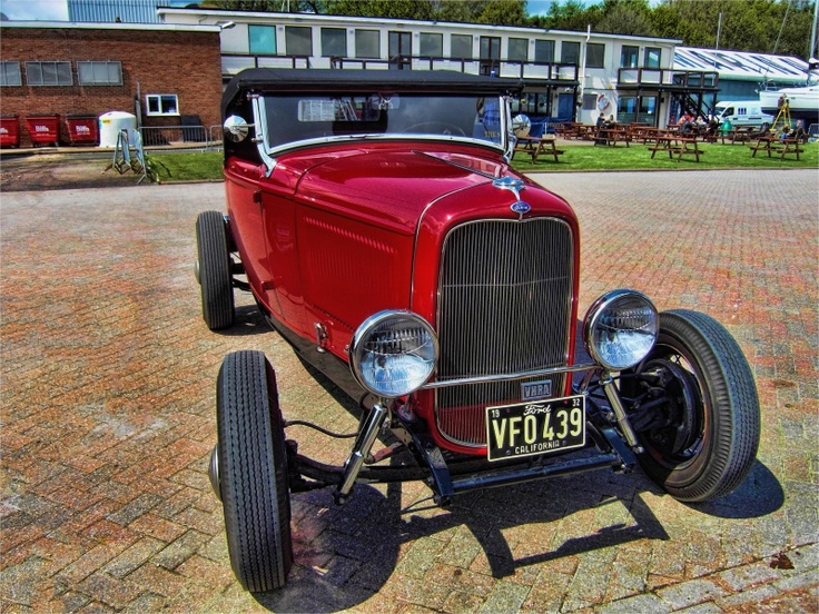 Flashy Ford at Shotley Gate, Suffolk, UK: Flashi Ford, Shotley Gates