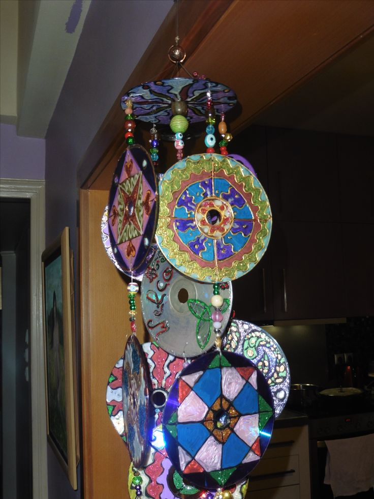 recycled cds into ..wind chimes
