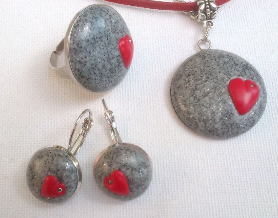 Red gray jewelry  Heart jewelry Romantic jewelry  by insoujewelry, $62.00
