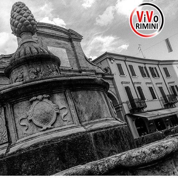 -----------------------------  ---------------------------------------------  Piazza Cavour  by @gianlucanicoli visitate la sua splendida galleria!! --------------------------------------------- admin @_elisagasperoni & @ariannapruccoli follow @vivorimini tag #vivorimini --------------------------------------------- Tagga solo foto scattate da te!!! Continuate a seguirci e taggate le vostre foto piu belle con il Tag #vivorimini --------------------------------------------- VivoRimini è in…