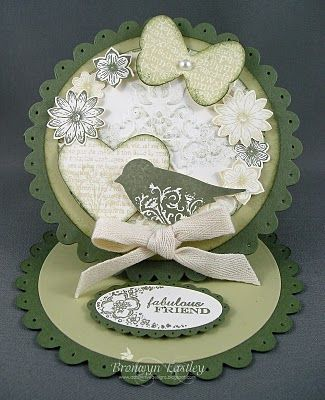 Punch Potpourri Scallop Circle Easel card.