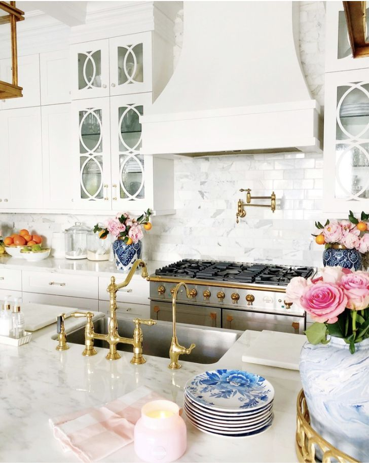 Gorgeous Gold Sink Taps For The Kitchen And Bathroom Perfect Interior Design Addition And Modern Home Decor Image Via Ra Home Decor Inspiration Home Design