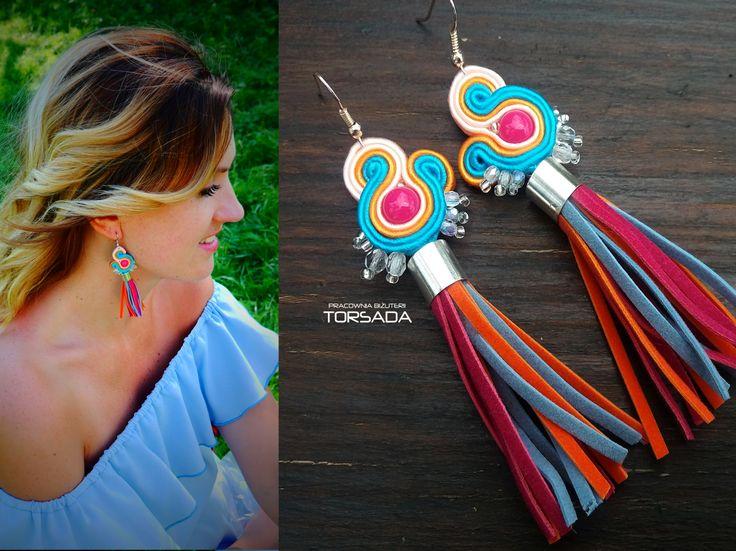 Kolczyki boho sutasz soutache z chwostami marki TORSADA długie prezent dla dziewczyny kobiety kolorowe
