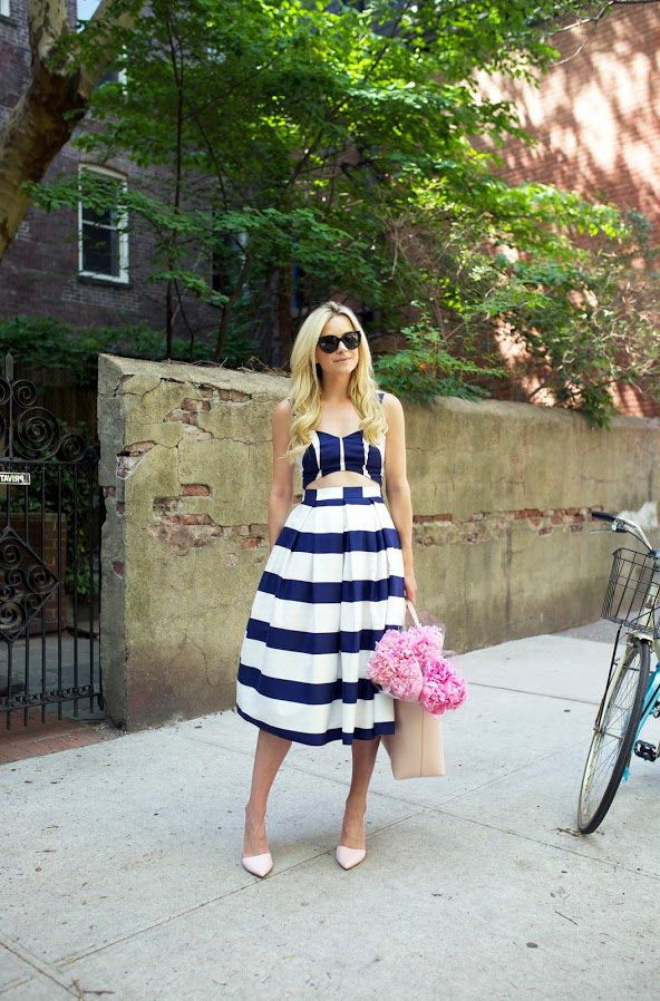 6. Blue And White Crop Top With Midi Skirt 2017 Street Style