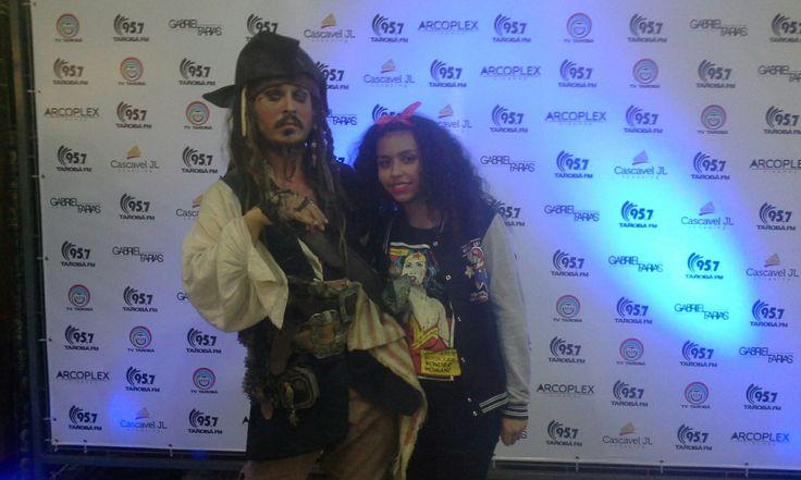 Minha irmã e capitão jack !!!