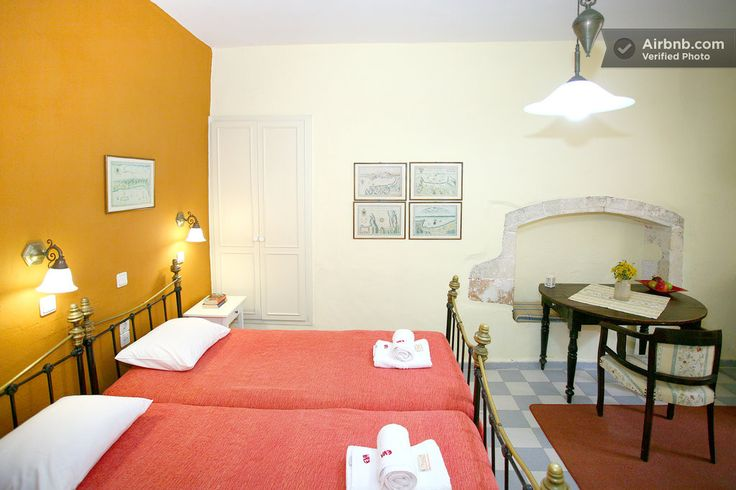 Traditional TwinBed Old Harbor No2 in Chania
