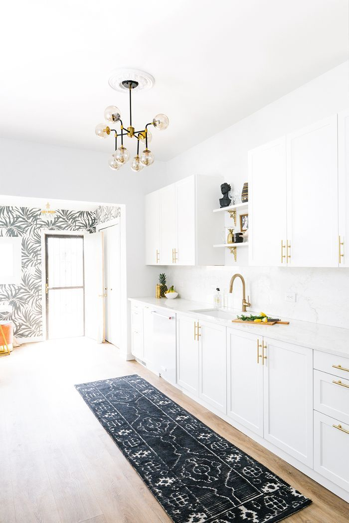 Step inside the beautifully renovated historic Denver townhouse of Shelby Girard, head of design for Havenly.