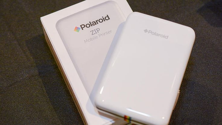 Everything you need to know about the Polaroid Zip mobile printer, including impressions and analysis, photos, video, release date, prices, specs, and predictions from CNET.