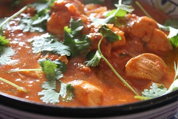 Indian cuisine chicken tikka masala. The site is in Polish, so you may need to translate: Tikki Masala, Tikka Masala Potrawi, Masala Ktora, Kuchnia Hinduska