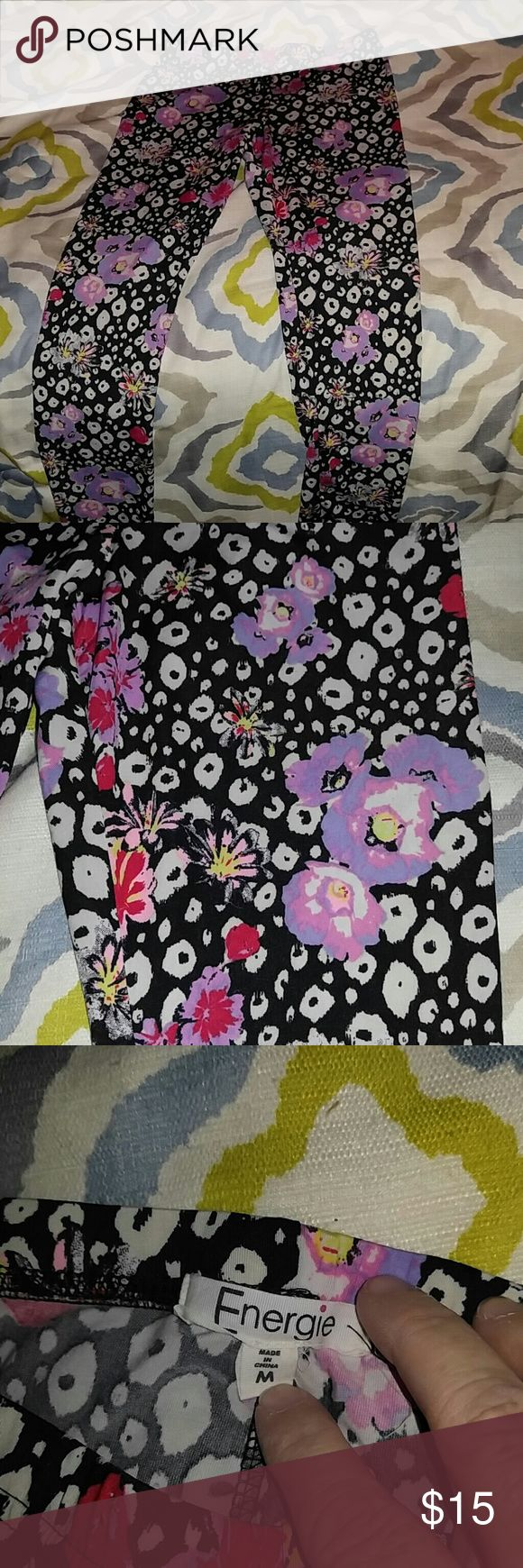 Energie leggings/ Very small size Medium These leggings are so soft and silky and very pretty, however it says a size medium but either they are a youths medium or they are xxs. Just want you to know before purchase. But they are in perfect used condition. I bought them for my daughter who wears a woman's medium but these are definitely smaller than that. If anyone needs measurements just ask. Also, remember that leggings do stretch quite a bit. Energie Pants Leggings