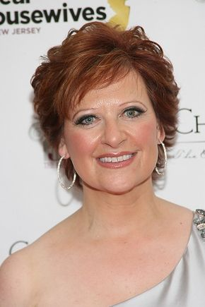 Caroline Manzo-Short Celebrity Hairstyles for Women Over 50 l www.sophisticatedallure.com