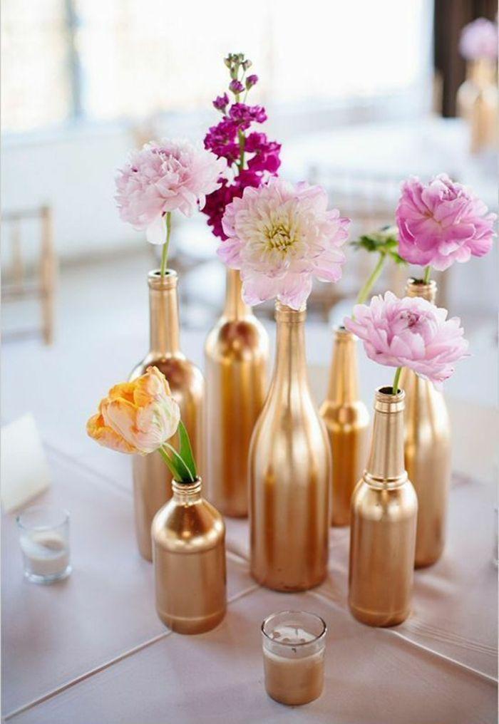 tischdekoration hochzeit goldene diy vasen glasflaschen                                                                                                                                                                                 Mehr