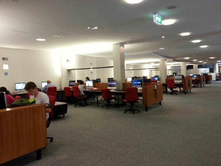 Computers for use at social science library